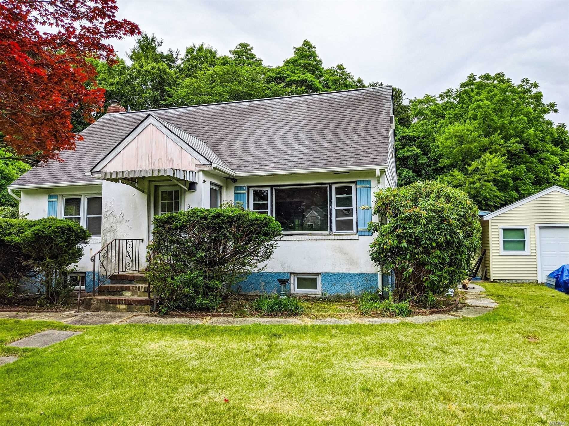 32 Smith Lane, Middle Island, NY 11953 - MLS#: 3232181