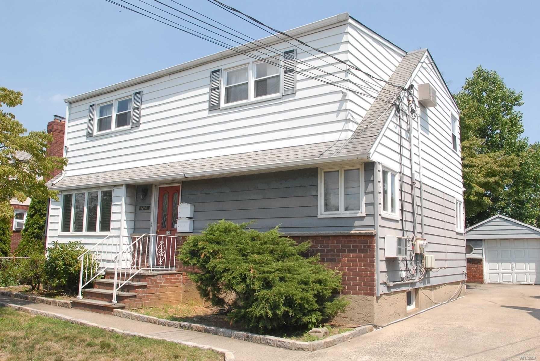 194 Covert Avenue, Floral Park, NY 11001 - MLS#: 3236181