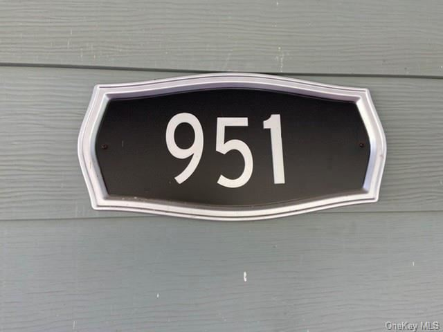 Photo of 951 Goshen Turnpike, Circleville, NY 10919 (MLS # H6038181)