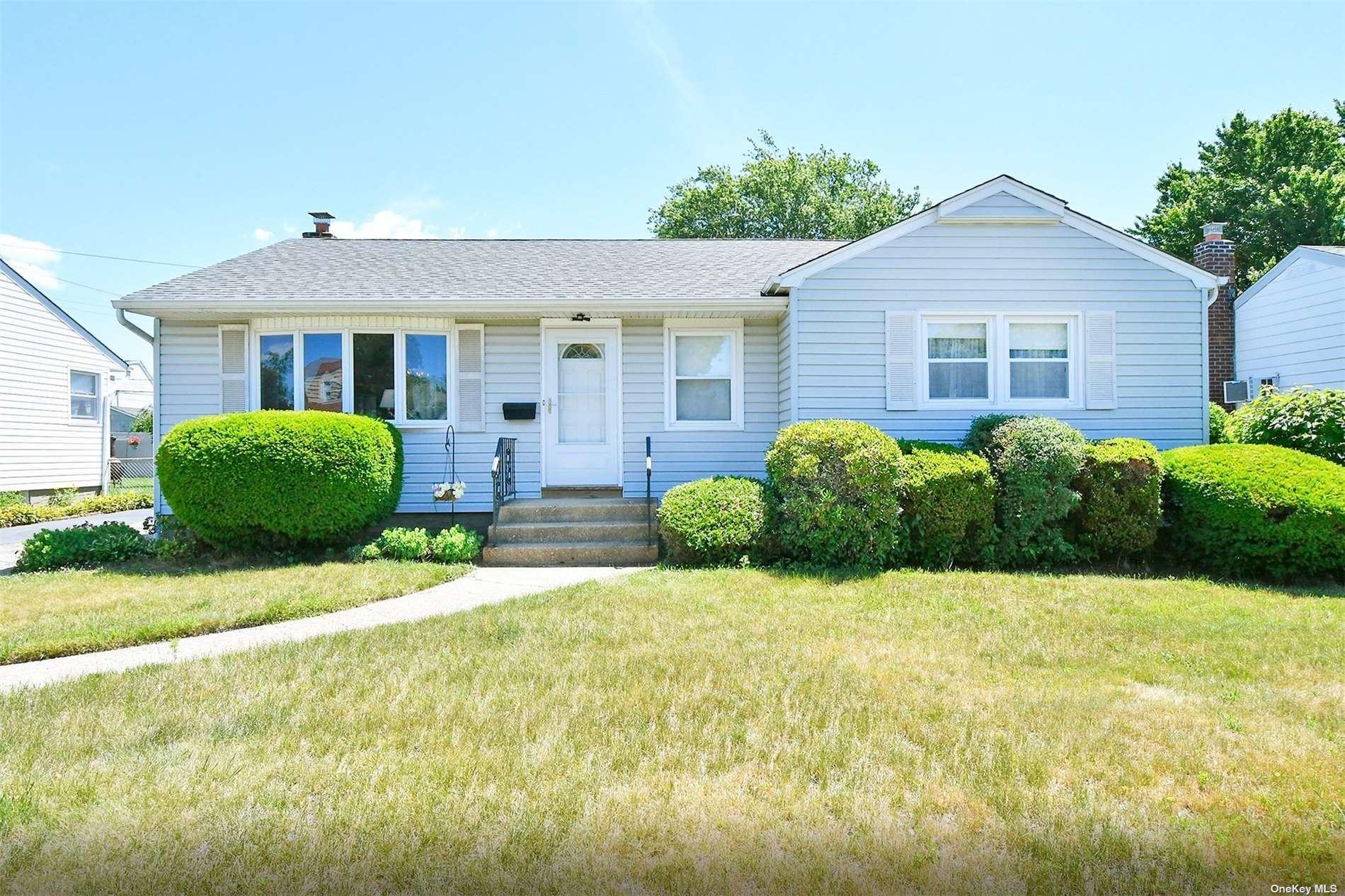 101 Linden Boulevard, Hicksville, NY 11801 - MLS#: 3345182