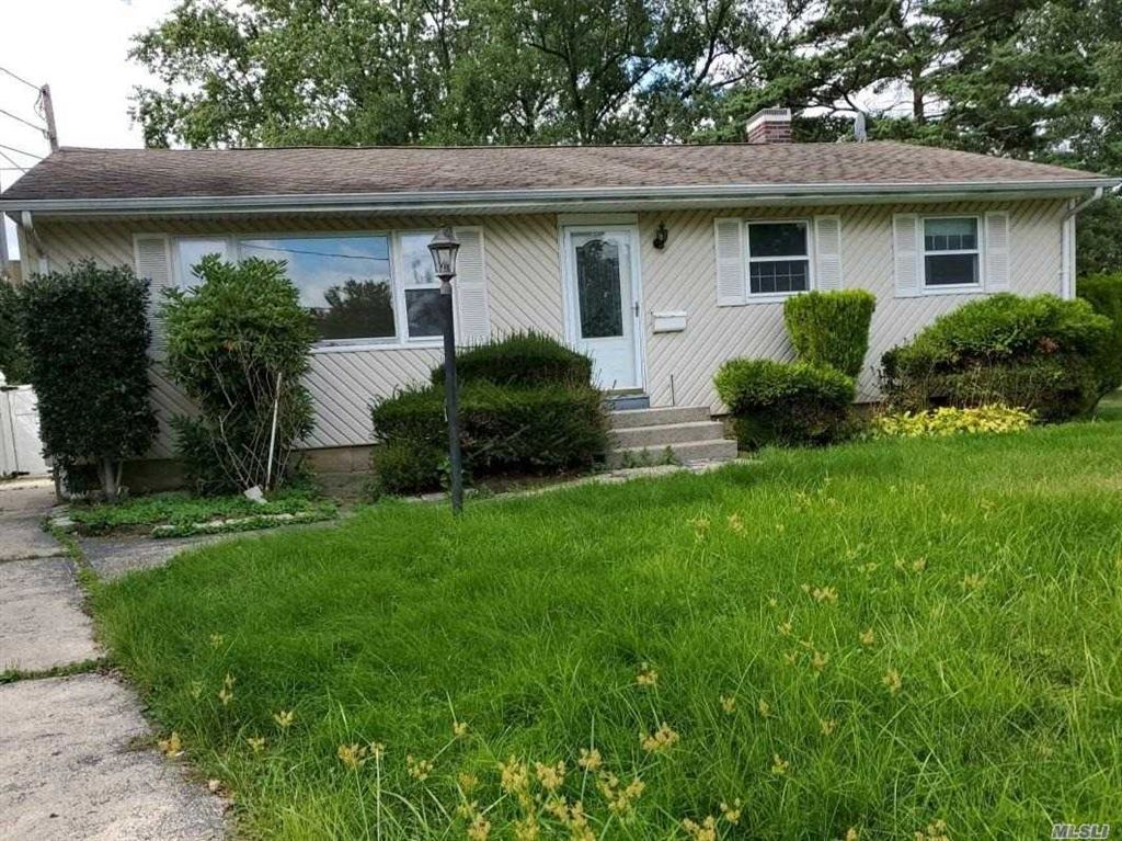 1700 Pine Acres Boulevard, Bay Shore, NY 11706 - MLS#: 3166184