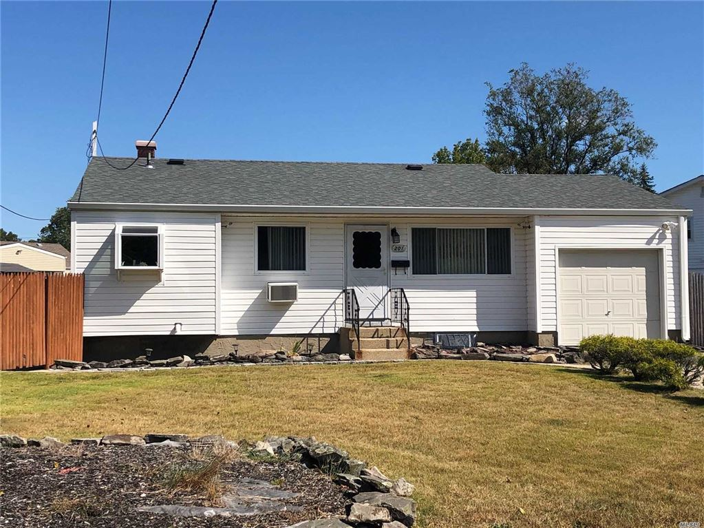 201 Studley Street, Brentwood, NY 11717 - MLS#: 3167185