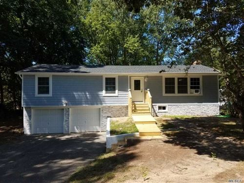 Photo of 50 N Evergreen Dr, Selden, NY 11784 (MLS # 3239186)