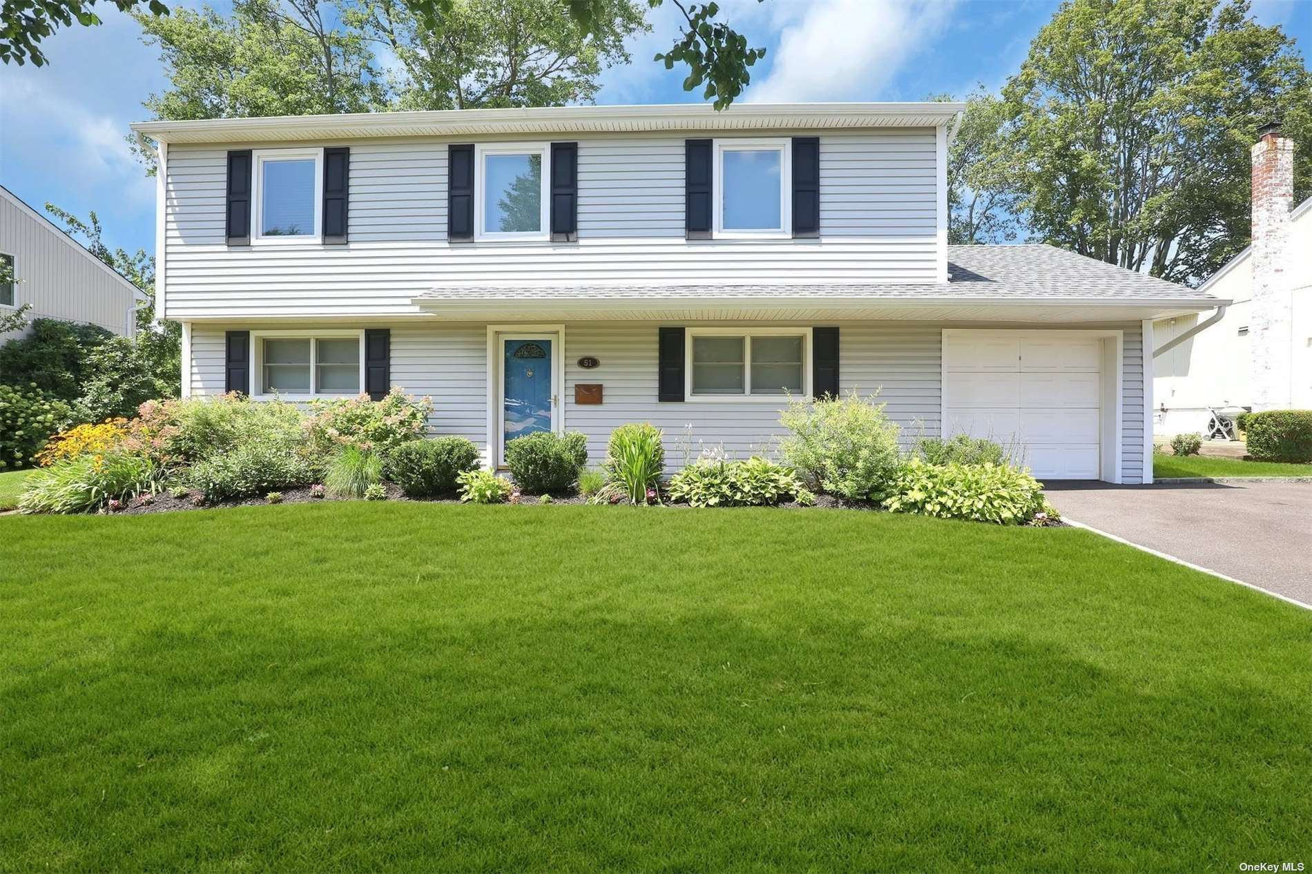 51 Crescent Drive, Old Bethpage, NY 11804 - MLS#: 3335186