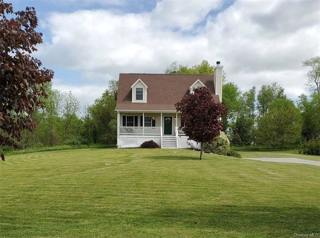 Photo of 25 Donnelly Farm Road, Walden, NY 12586 (MLS # H6100186)
