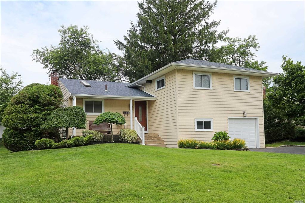 102 Wilson Place, Plainview, NY 11803 - MLS#: 3145187