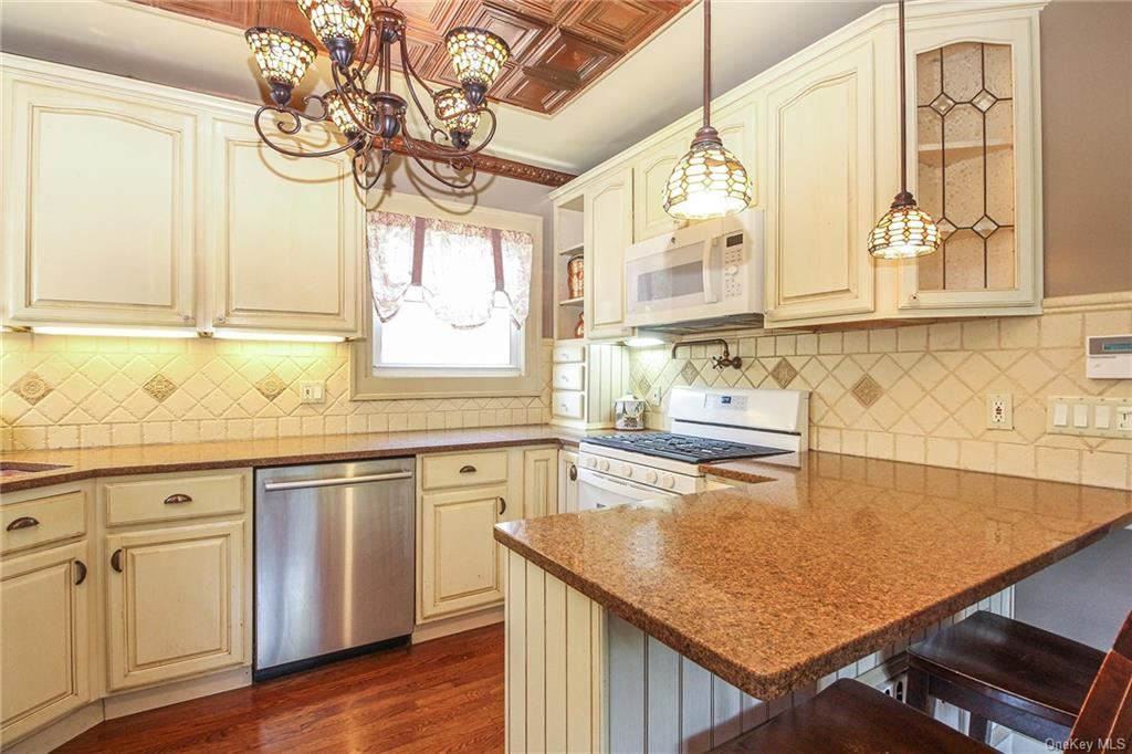 24 Madison Road, Scarsdale, NY 10583 - #: H6133187