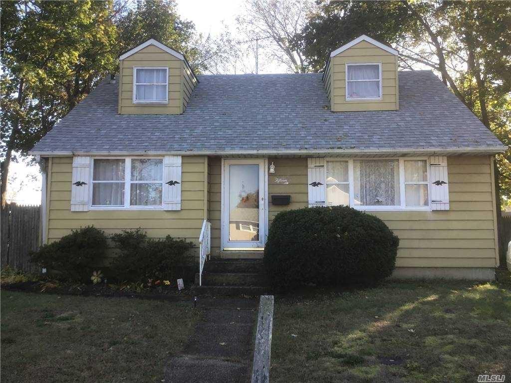 15 Albert Road, Hicksville, NY 11801 - MLS#: 3267189