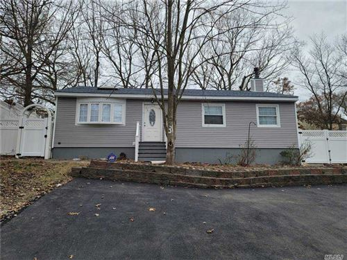 Photo of 36 Barbara Lane, Medford, NY 11763 (MLS # 3280190)