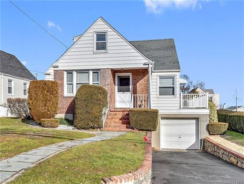 Photo of 287 Roberts Avenue, Yonkers, NY 10703 (MLS # H6092190)