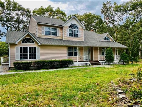 Photo of 192 Miller Place Road, Miller Place, NY 11764 (MLS # 3260191)