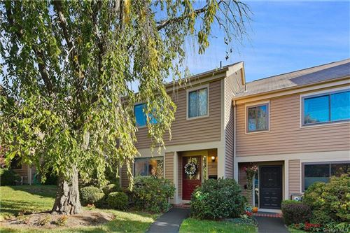 Photo of 200 Ivy Hill Crescent, Rye Brook, NY 10573 (MLS # H6075191)
