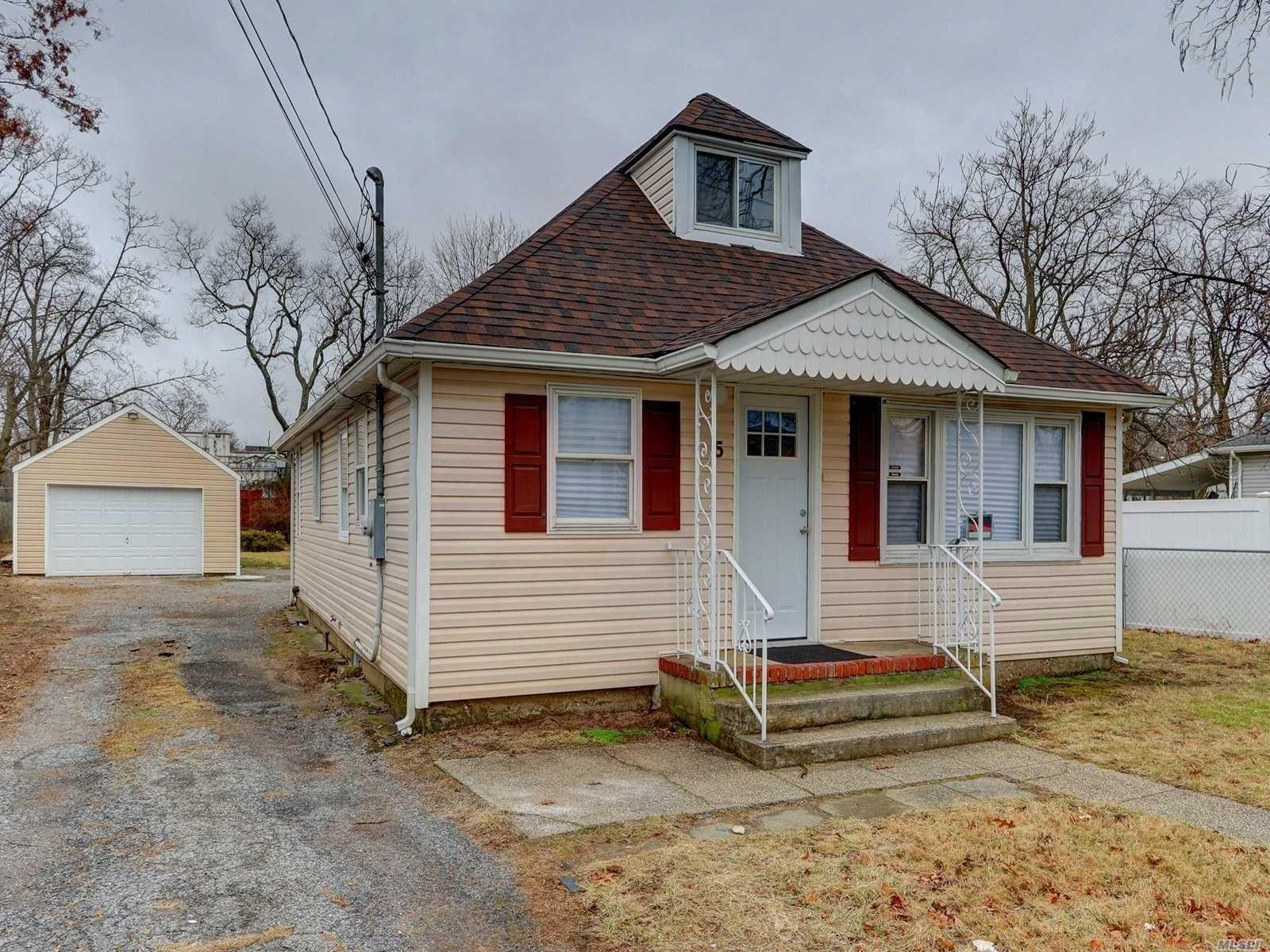 5 Church Street, Central Islip, NY 11722 - MLS#: 3190191