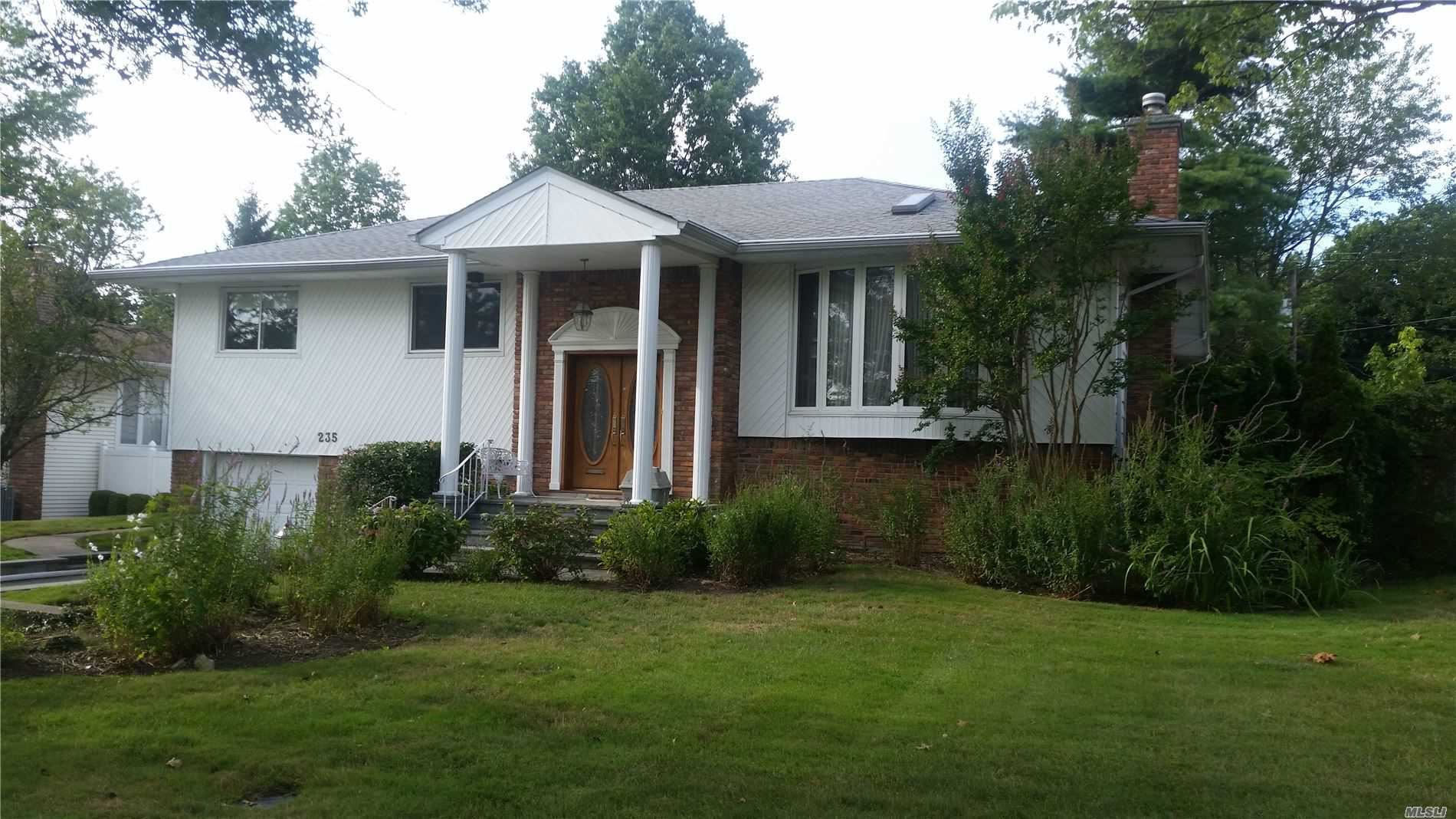 235 Robby Lane, Manhasset Hills, NY 11040 - MLS#: 3240192
