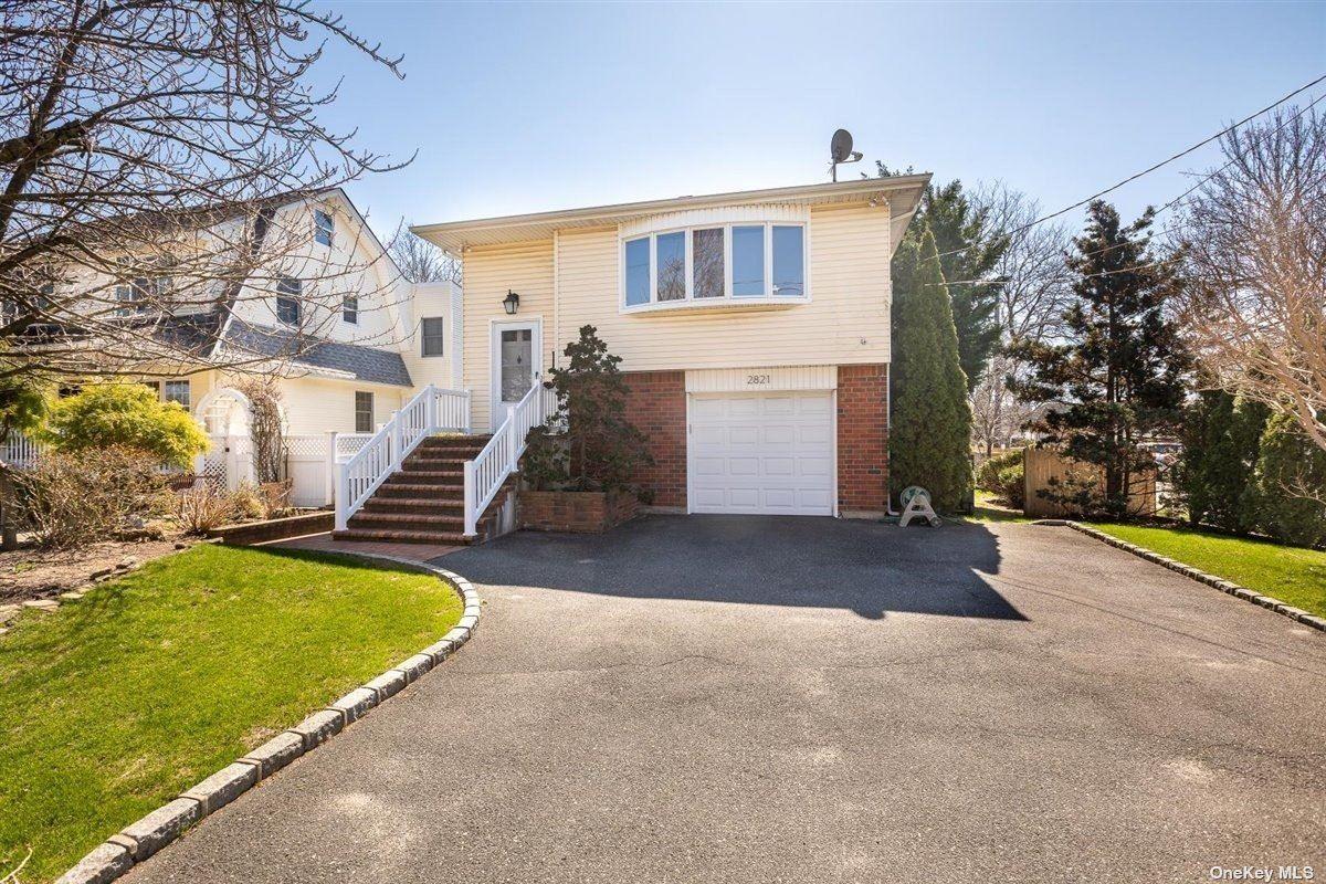 2821 Weeks Avenue, Oceanside, NY 11572 - MLS#: 3300194