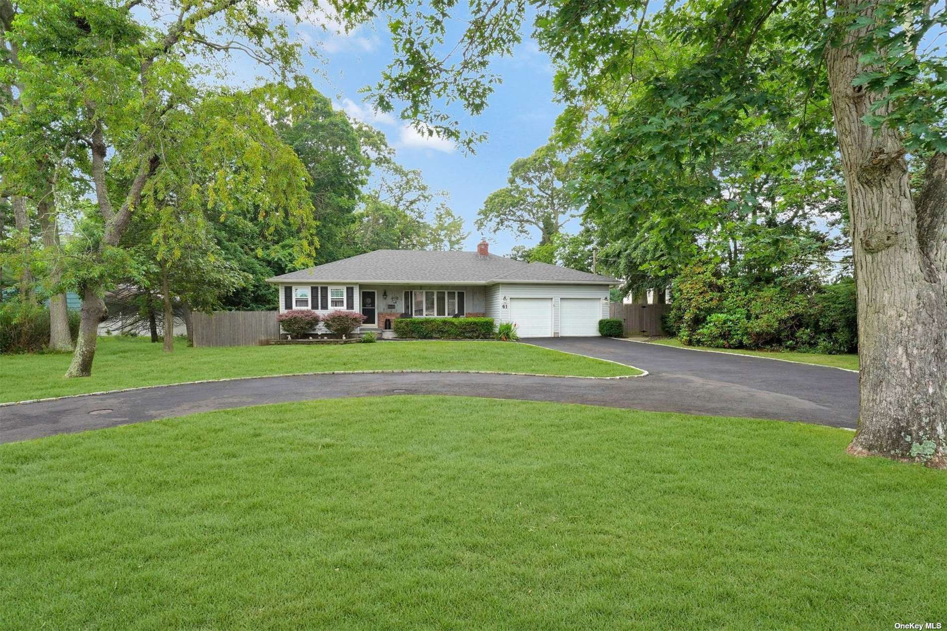 61 Timberpoint Road, East Islip, NY 11730 - MLS#: 3330196