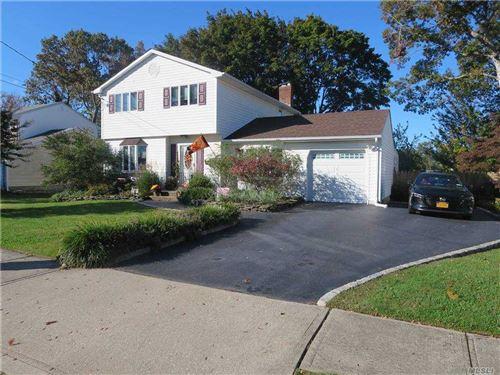 Photo of 8 Wade Drive, Lake Grove, NY 11755 (MLS # 3262198)