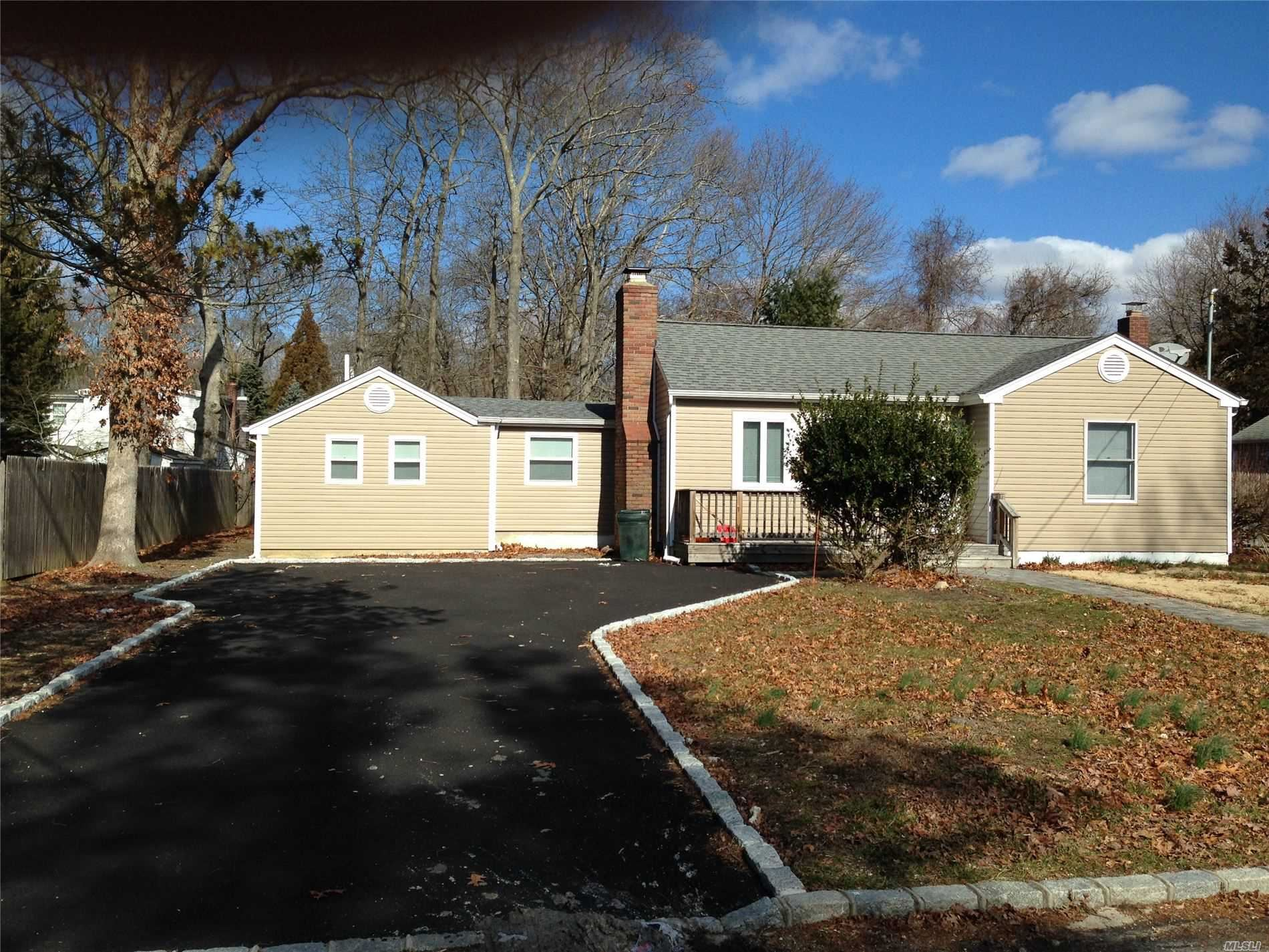 45 George Street, E. Patchogue, NY 11772 - MLS#: 3200201