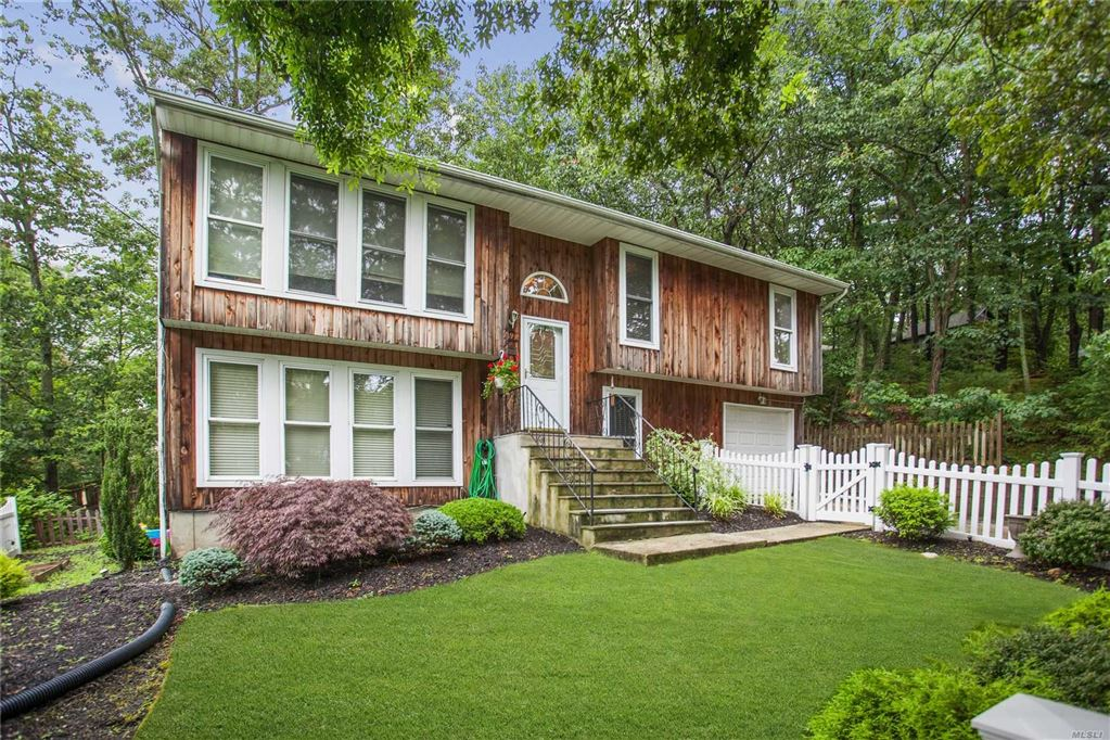 19 Woodhaven Drive, Sound Beach, NY 11789 - MLS#: 3150202