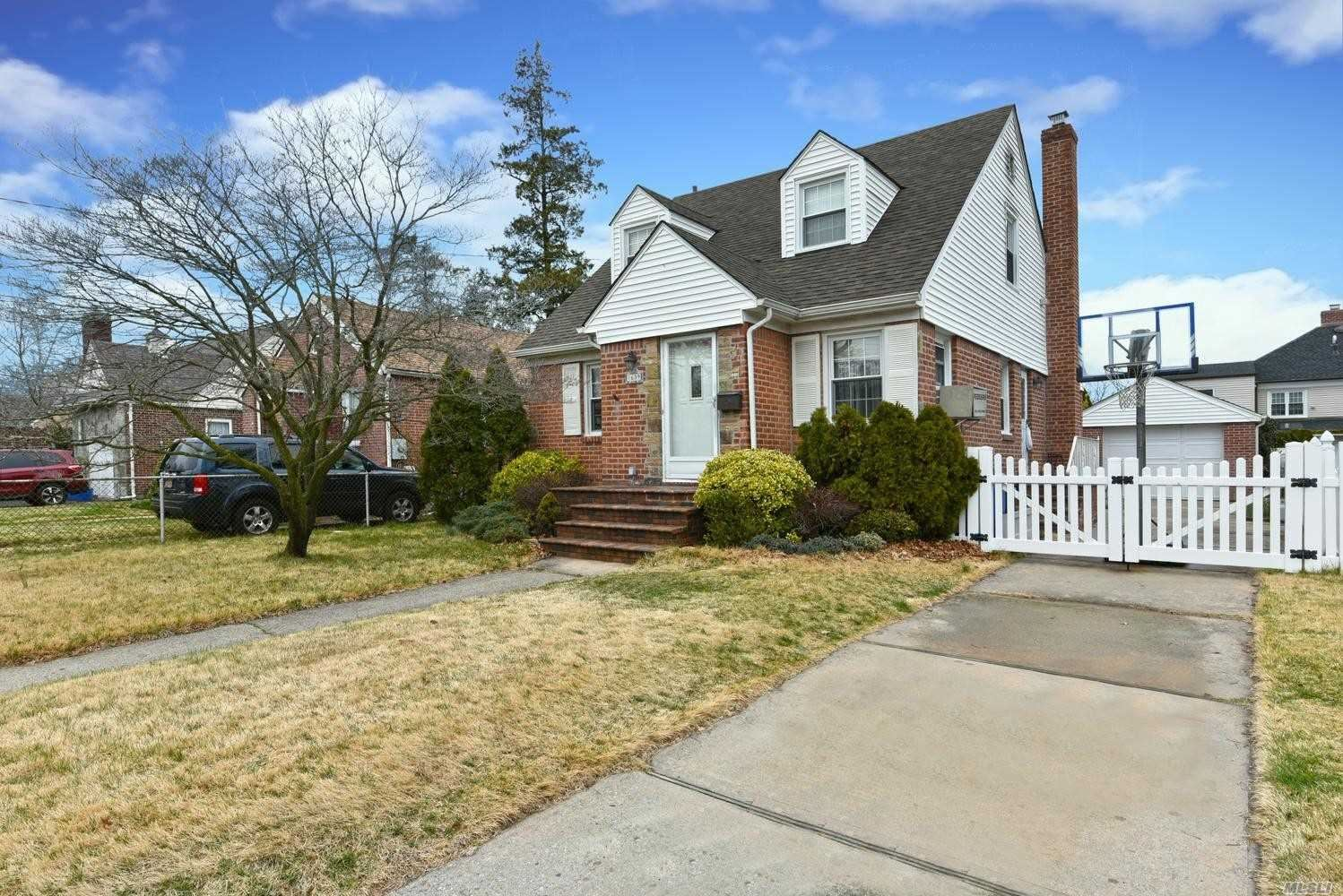 1639 Highland Avenue, New Hyde Park, NY 11040 - MLS#: 3211202