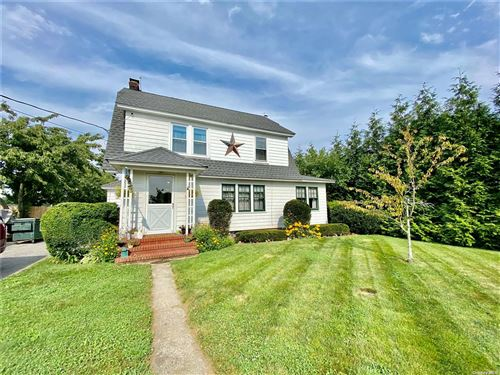 Photo of 4000 Youngs Avenue, Southold, NY 11971 (MLS # 3333203)