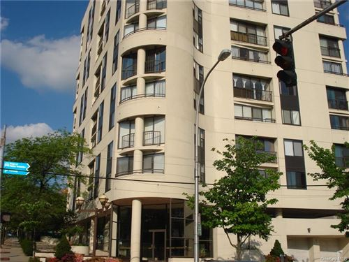 Photo of 10 Cottage Place #11F, White Plains, NY 10601 (MLS # H6115203)