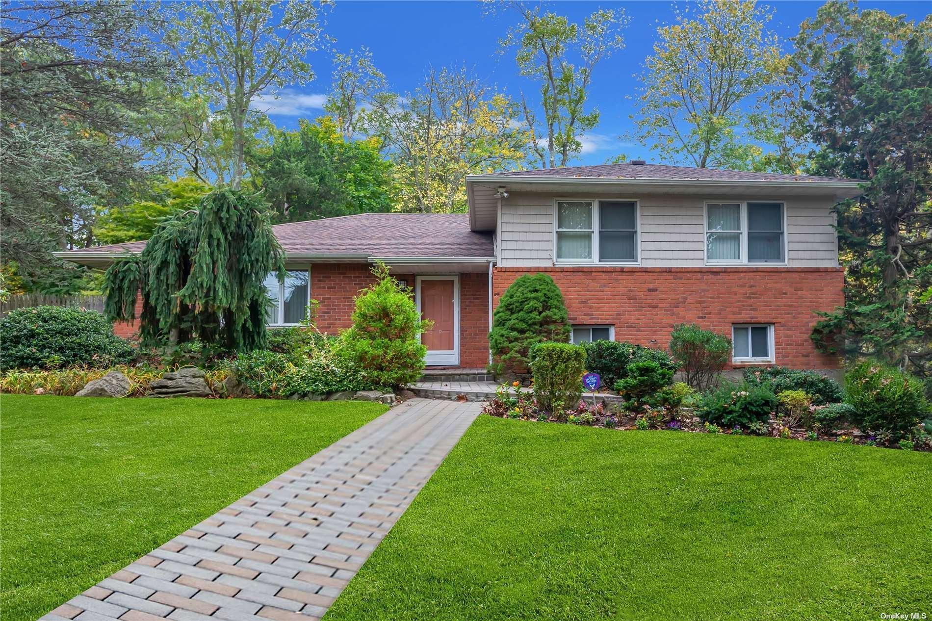 10 Swan Court, Huntington, NY 11743 - MLS#: 3307203