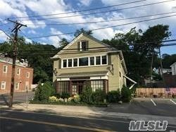 Photo of 3 Harbor Rd, Cold Spring Hrbr, NY 11724 (MLS # 3194205)