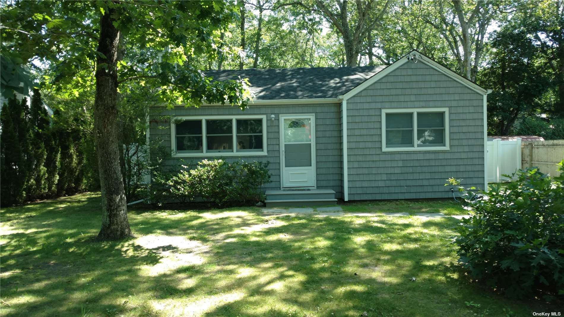35 Baycrest Avenue, East Quogue, NY 11942 - MLS#: 3311208