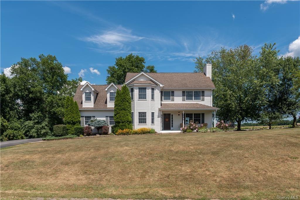 Photo of 248 Valley View Drive, Wallkill, NY 12589 (MLS # H6061208)