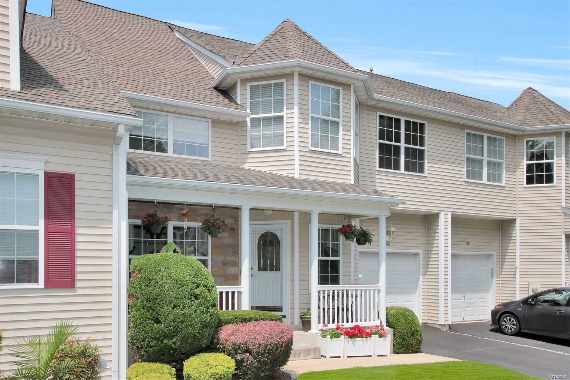 106 Meadow Ponds Circle, Miller Place, NY 11764 - MLS#: 3229209