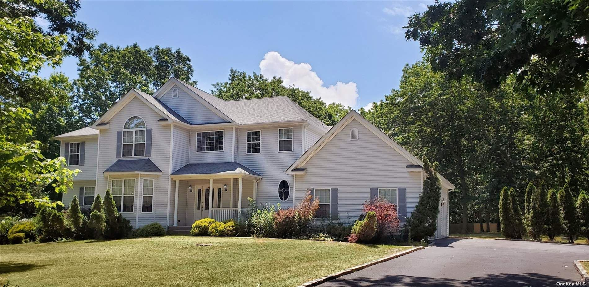 4 Jersey Avenue, Miller Place, NY 11764 - #: 3344209