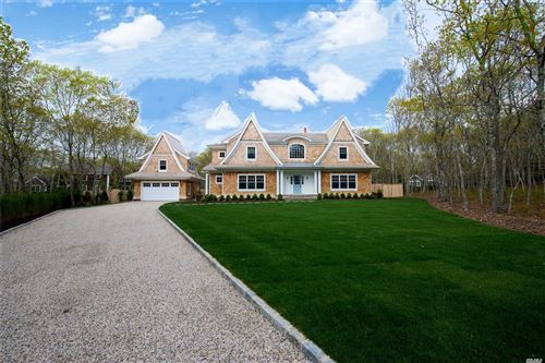 Photo of 27 Surrey Court, East Hampton, Ny 11937 (MLS # 3210211)