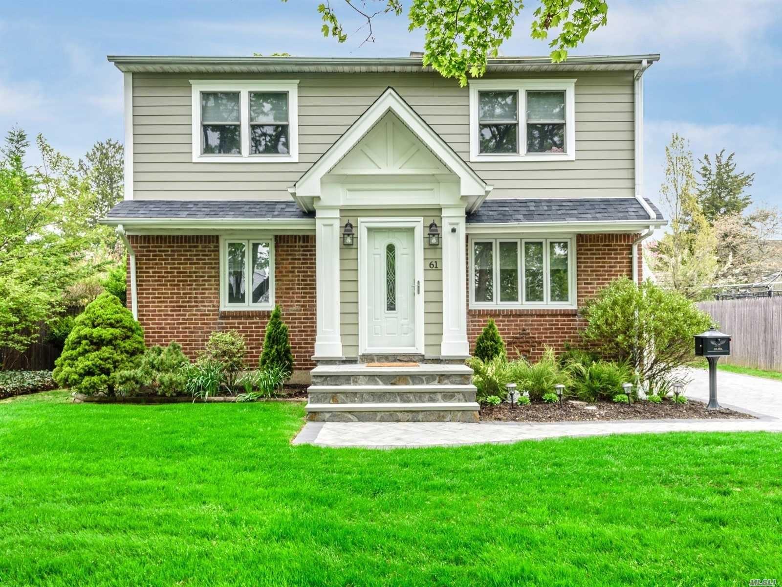 61 9th Street, Hicksville, NY 11801 - MLS#: 3223211