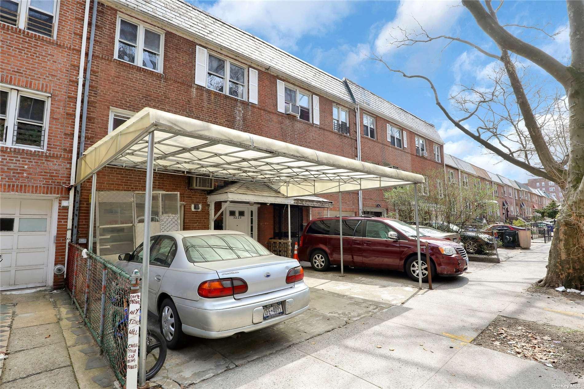 32-25 92nd Street, E. Elmhurst, NY 11369 - MLS#: 3299211