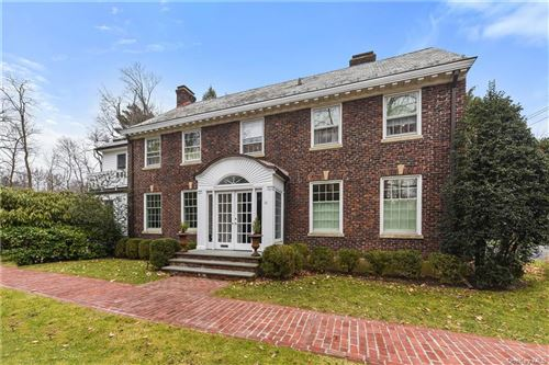 Photo of 13 Fox Meadow Road, Scarsdale, NY 10583 (MLS # H6090213)