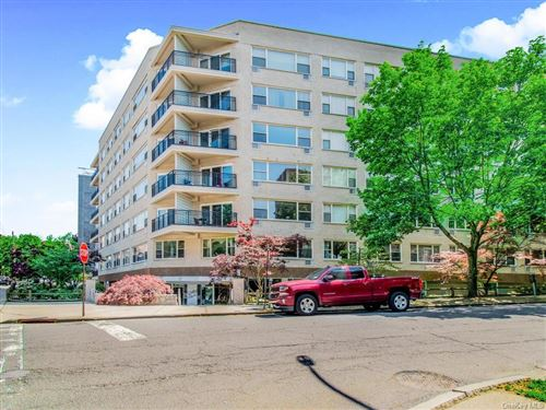 Photo of 12 Old Mamaroneck Road #4E, White Plains, NY 10605 (MLS # H6047214)