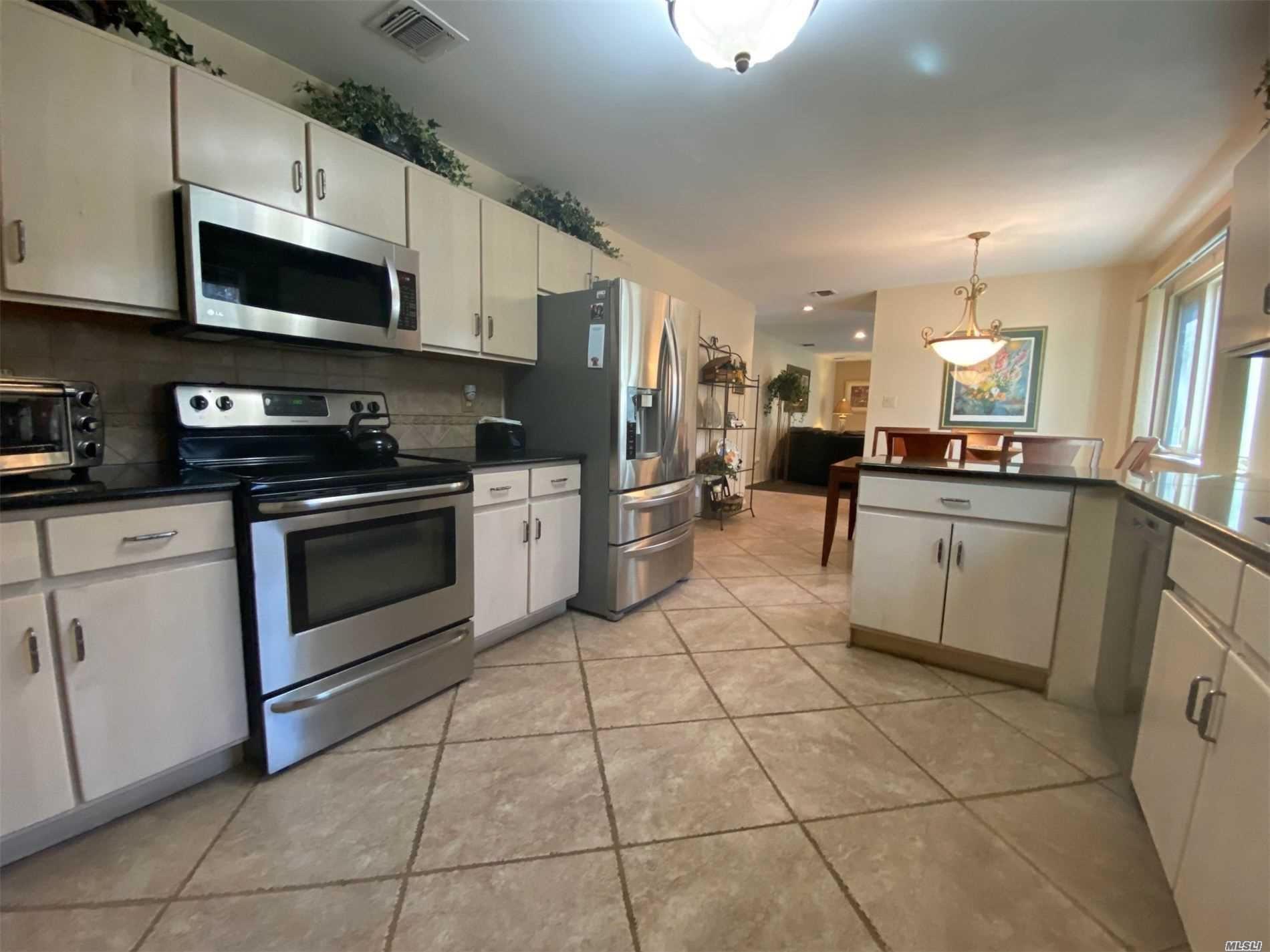 112 Stonehurst Lane, Dix Hills, NY 11746 - MLS#: 3199214