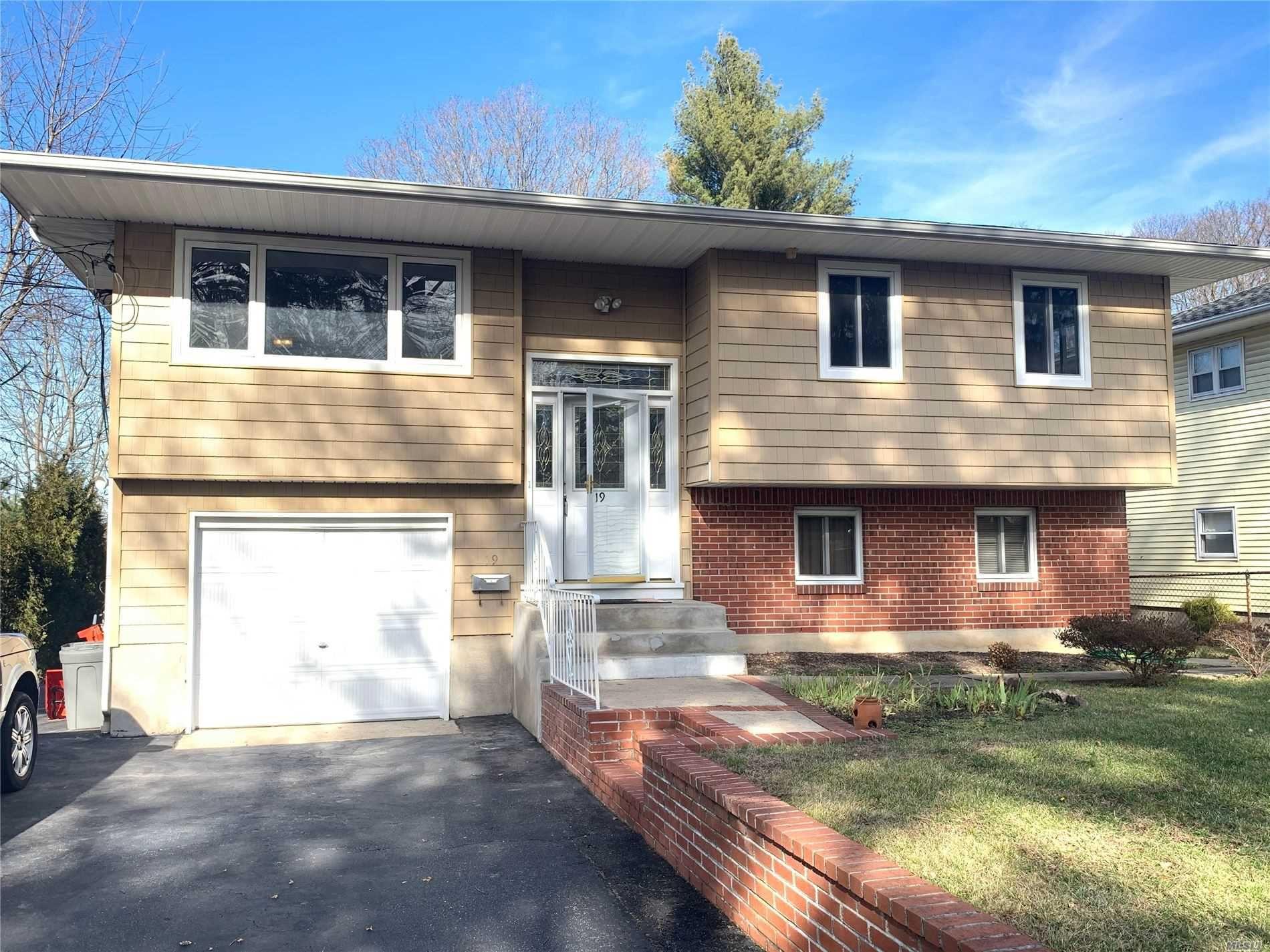 19 Ketewomoke Drive, Huntington, NY 11743 - MLS#: 3190216