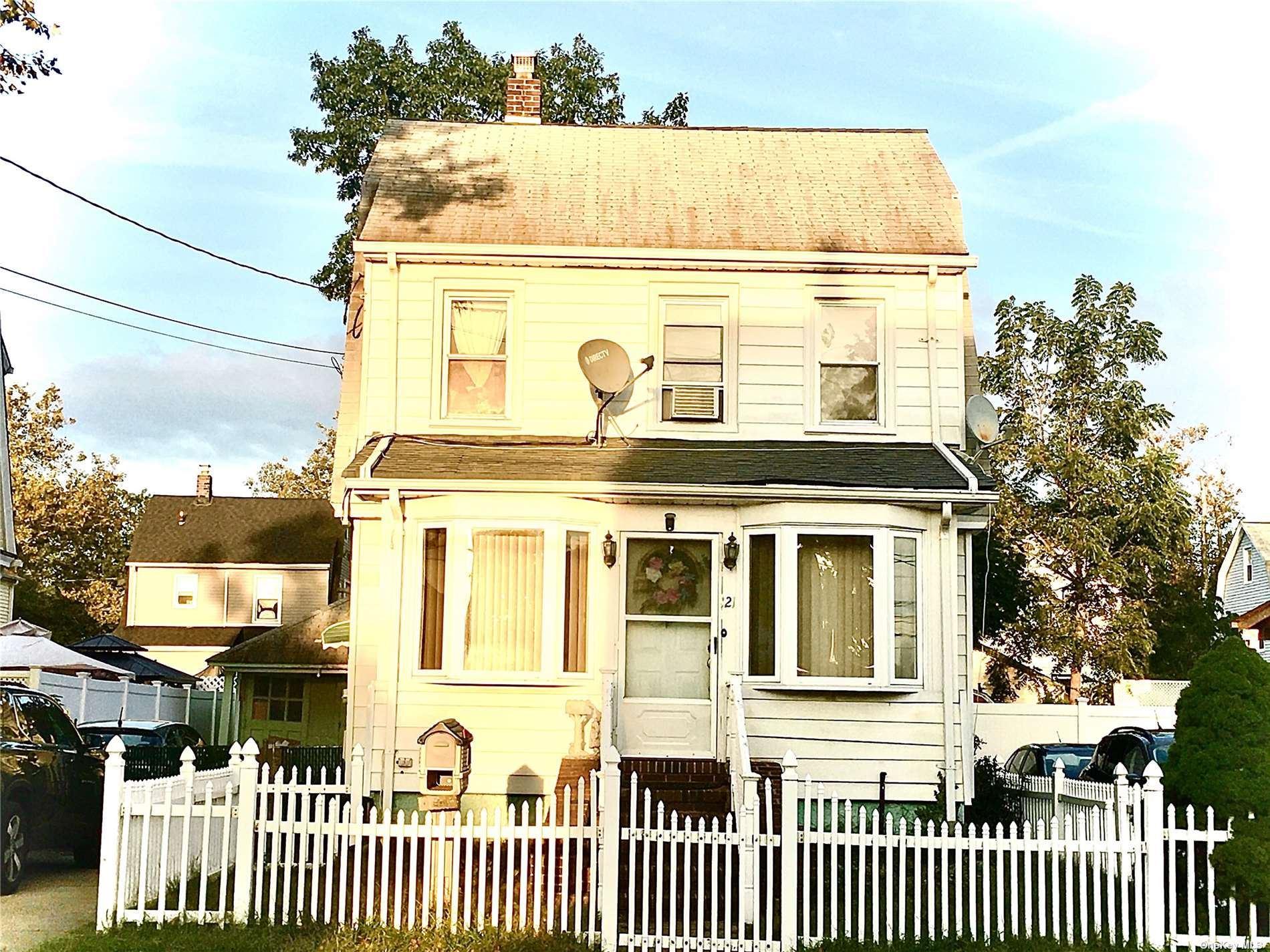 121 Derby Street, Valley Stream, NY 11581 - #: 3351216
