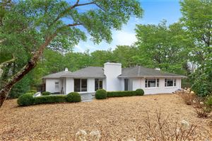 Photo of 11 Peters Path, East Hampton, NY 11937 (MLS # 3121217)