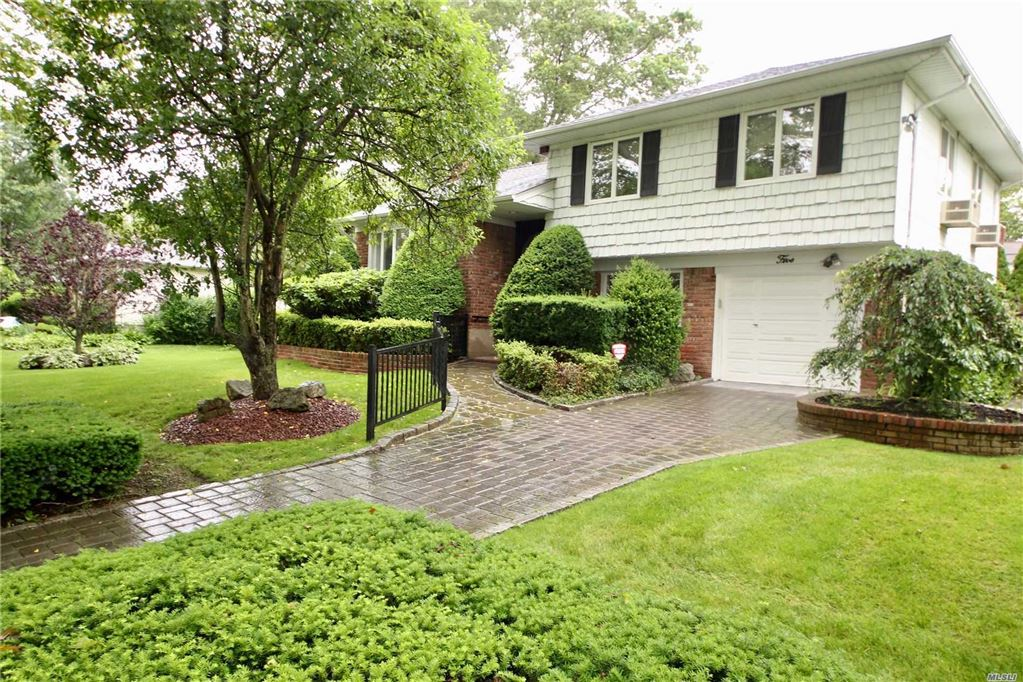 5 Van Alst Place, Melville, NY 11747 - MLS#: 3140219