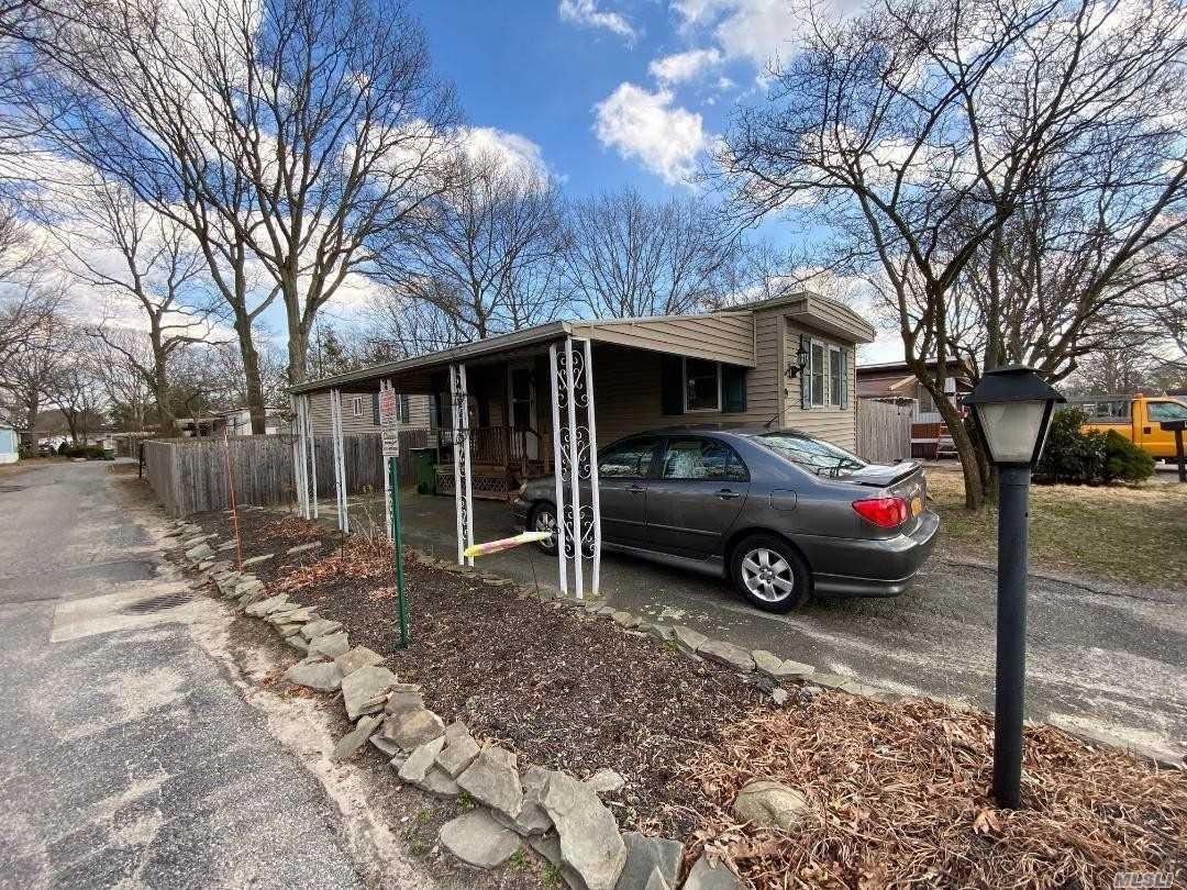 9 Periwinkle Drive, Bohemia, NY 11716 - MLS#: 3204219