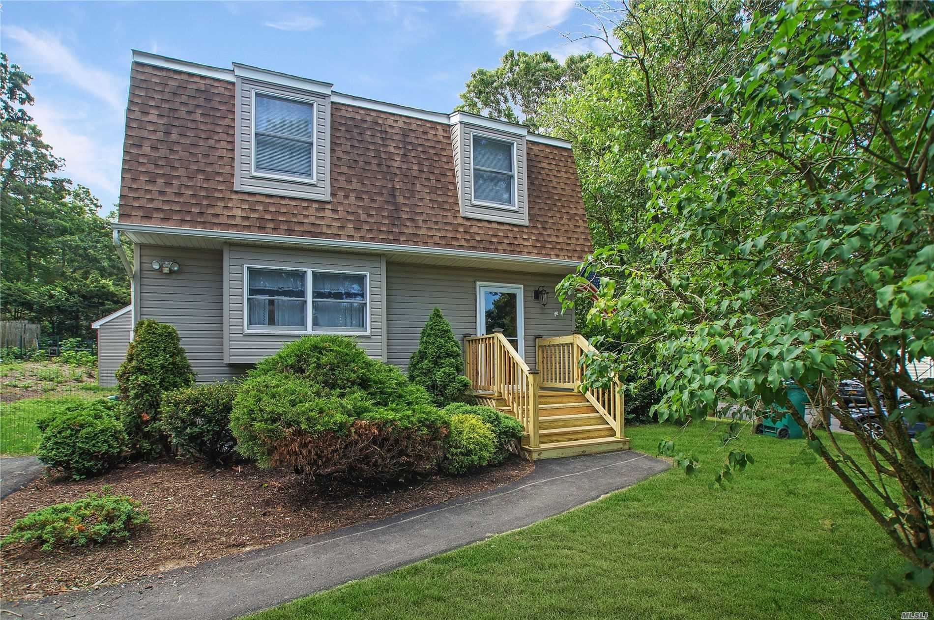 6 Bay Ave North, Hampton Bays, NY 11946 - MLS#: 3234219