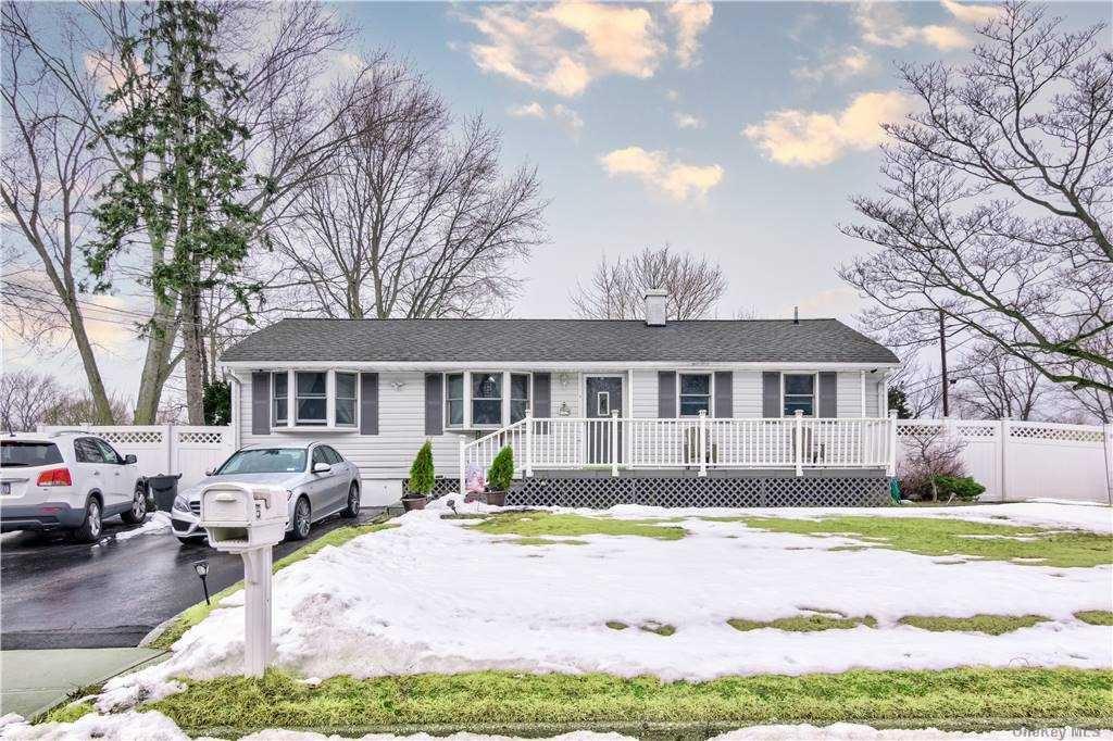 5 Talbot Lane, Selden, NY 11784 - MLS#: 3290219