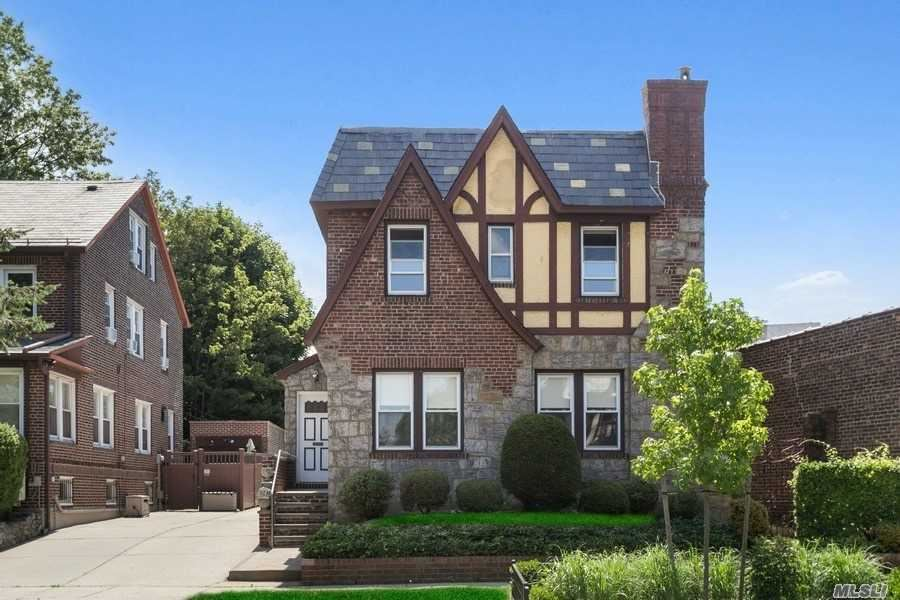 98-14 Ascan Avenue, Forest Hills, NY 11375 - MLS#: 3226220