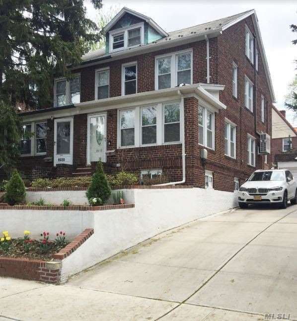 99-18 Ascan Avenue, Forest Hills, NY 11375 - MLS#: 3147222