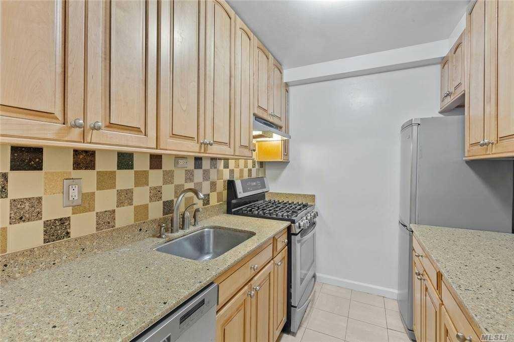 39-65 52nd Street #2B, Woodside, NY 11377 - MLS#: 3250222