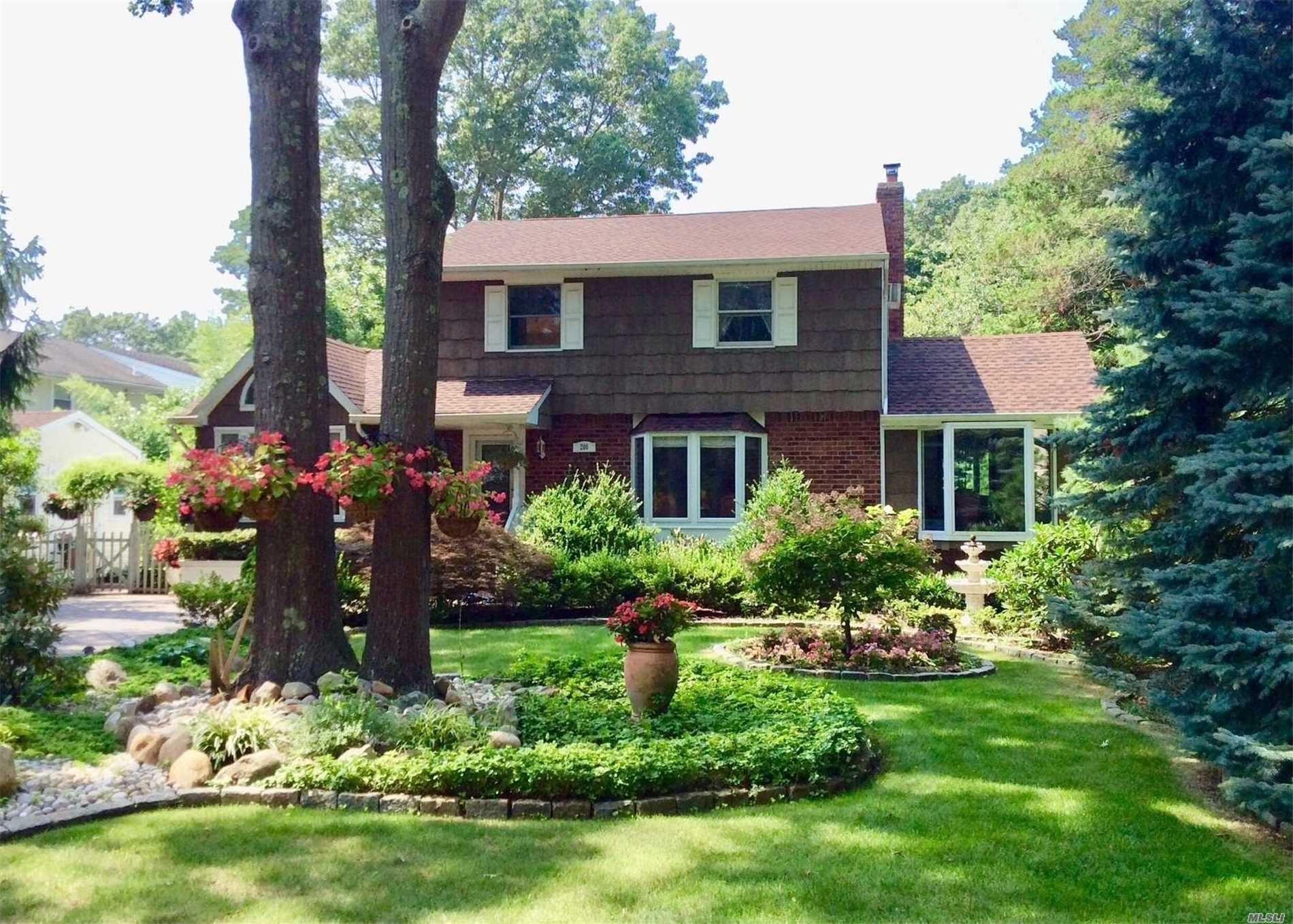 200 Country Village Lane, East Islip, NY 11730 - MLS#: 3207223