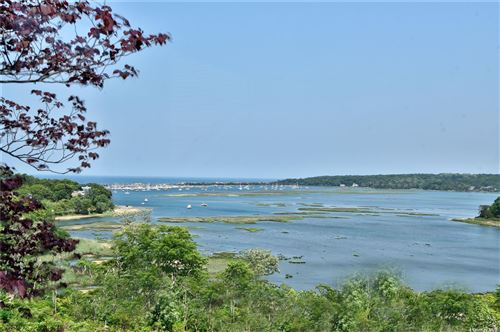 Photo of 7 Watersedge Way #7, Port Jefferson, NY 11777 (MLS # 3316225)